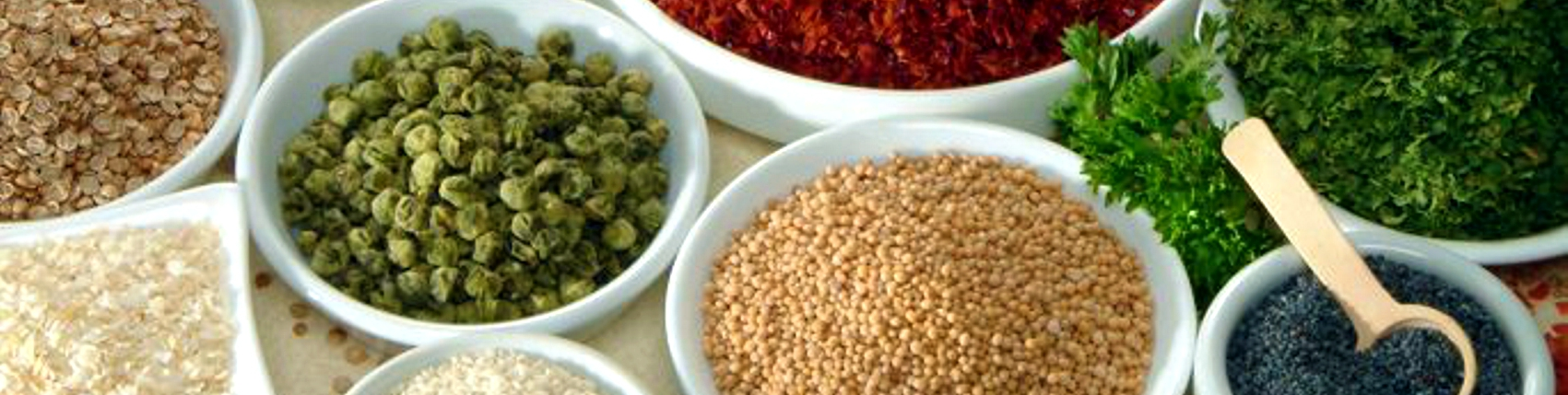 Earlee Products bowls filled with Spices